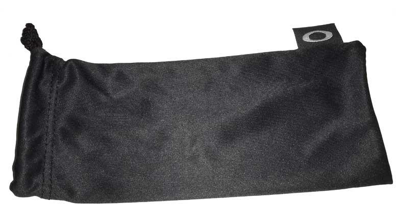 oakley-sunglasses-bag