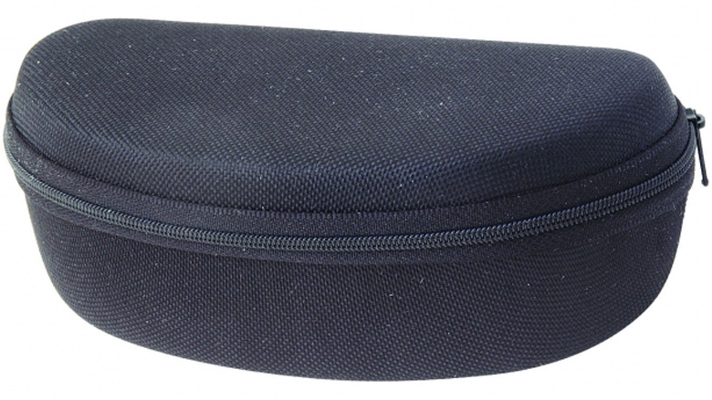 sunglasses-case-black